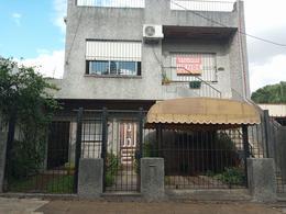 Foto PH en Venta en  Chilavert,  Villa Ballester  Maipu al 3200