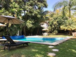Foto Casa en Venta en  Reforma,  Cuernavaca  Casa  en Venta con alberca y magnífico jardín, Reforma Norte.