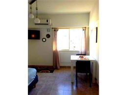 Foto Departamento en Alquiler | Alquiler temporario en  Monserrat,  Centro  Av Rivadavia al 1300