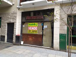 Foto Local en Venta en  Centro,  Mar Del Plata  Corrientes 2035 entre Bolivar y Moreno