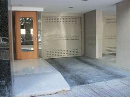 Foto Cochera en Alquiler en  Microcentro,  La Plata  12 E/ 47 y 48