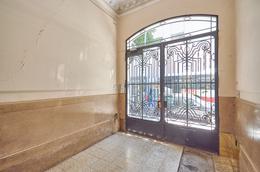 Foto Departamento en Venta en  Balvanera ,  Capital Federal  Viamonte al 2500