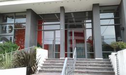 Foto Departamento en Venta en  Lomas De Zamora ,  G.B.A. Zona Sur  Alsina al 2200