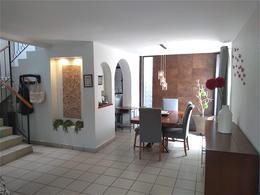 Foto Casa en Venta en  Fraccionamiento Hacienda de San Miguel,  Irapuato  Camino Real al 100