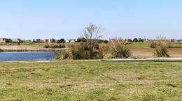 Foto Terreno en Venta en  El Canton - Golf,  Countries/B.Cerrado (Escobar)  El Cantón Golf - lote al golf con vista al agua