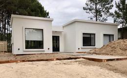 Foto Casa en Venta en  Barrio Costa Esmeralda,  Pinamar  Deportiva 2