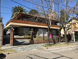 Foto Casa en Alquiler | Venta en  Victoria,  San Fernando  Lanusse al 700