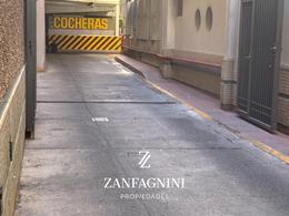Foto Cochera en Venta en  Capital ,  Mendoza  9 de julio 1080