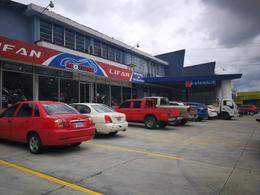 Foto Local en Renta en  San Pedro Sula ,  Cortés            Amplio local en renta en Tercera Avenida