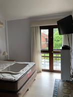 Foto PH en Venta en  Punta del Este ,  Maldonado  Duplex en venta a metros de playa mansa con 3 dormitorios y parrillero propio, Punta del Este