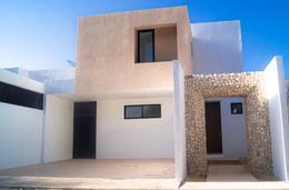Foto Casa en Venta en  Santa Gertrudis Copo,  Mérida  Casa Copó -  A pie de calle en  Santa Gertrudis (Lujo)