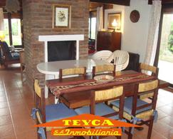 Foto Casa en Alquiler temporario en  Pinamar ,  Costa Atlantica  DEL ZORZAL 238