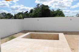 Foto Casa en Renta en  Leandro Valle,  Mérida  Rento bella casa minimalista al Norte de Mèrida