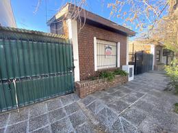 Foto Casa en Venta en  Área Centro Oeste,  Capital  STEFANELLI al 200