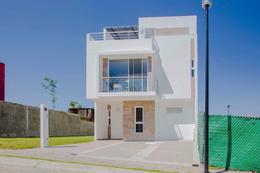 Foto Casa en Venta en  Fraccionamiento Lomas de  Angelópolis,  San Andrés Cholula  Casa en venta en Natura II, entrega ENERO 2022, cerca a la Casa Club, con alberca