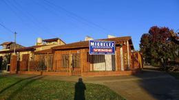 Foto Casa en Venta en  Banfield,  Lomas De Zamora  Pintos 1405