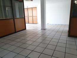 Foto Oficina en Renta en  Coatzacoalcos Centro,  Coatzacoalcos  Av. Cuauhtemoc No. 301-3, Zona Centro, Coatzacoalcos, Ver.