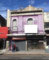 Foto Local en Alquiler en  Liniers ,  Capital Federal  Av. Rivadavia y Av Gral Paz