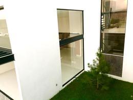 Foto Casa en Venta en  Residencial El Molino,  León  Estrena casa de 4 recamaras y Roof Garden!!