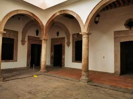 Foto Casa en Renta en  Yuriria Centro,  Yuriria  Casa amplia en Yuriria, Gto., zona peatonal