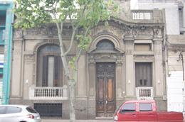 Foto Casa en Venta en  Centro (Montevideo),  Montevideo  Cerro Largo al 1000