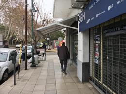 Foto Local en Alquiler en  San Isidro ,  G.B.A. Zona Norte  Juan Marin al 200
