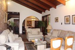 Foto Casa en Venta en  Santiago de Surco,  Lima          Calle Las Caobas, Santiago de Surco