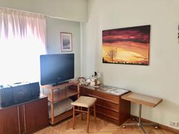 Foto Departamento en Venta en  Acassuso,  San Isidro  Jujuy al 100