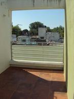 Foto Departamento en Venta en  Jacinto Vera ,  Montevideo  Moderno Triplex  con Renta