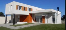 Foto Casa en Venta en  Mar Del Plata ,  Costa Atlantica  BARRIO PRIVADO
