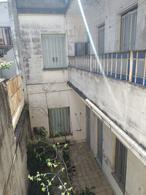 Foto Casa en Venta en  Constitución ,  Capital Federal  Humberto 1º al 1400