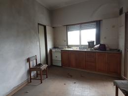 Foto Edificio Comercial en Venta en  Lanús Oeste,  Lanús  Grecia al 3700