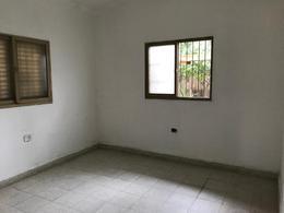 Foto Casa en Venta en  Villa Lujan,  San Miguel De Tucumán  Casa en venta Belisario Roldan al al 300