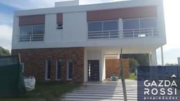 Foto Casa en Venta en  Terralagos,  Countries/B.Cerrado  Terralagos
