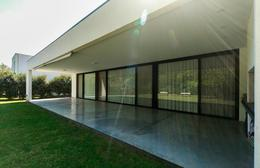 Foto Casa en Venta en  Aguadas,  Funes  COUNTRY - Bº AGUADAS