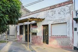 Foto Local en Venta en  General Belgrano,  General Belgrano  Avenida Italia e/ Azcuenaga y Balcarce al 100