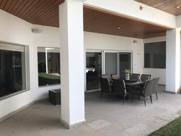 Foto Casa en Venta en  Fraccionamiento El Campanario,  Querétaro  Residencia en Venta Con Vista al Area verde