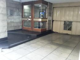 Foto Departamento en Venta en  Balvanera ,  Capital Federal  Pueyrredón al 800