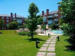 Foto Departamento en Venta en  Jardines De San Isidro,  Countries/B.Cerrado (San Isidro)  Jardines De San Isidro