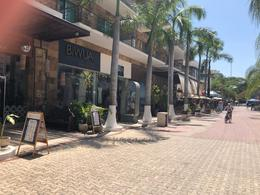 Foto Local en Venta en  Solidaridad ,  Quintana Roo  Local en la 5a Avenida en venta.