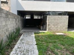 Foto PH en Venta en  La Plata ,  G.B.A. Zona Sur  26 72 y 73