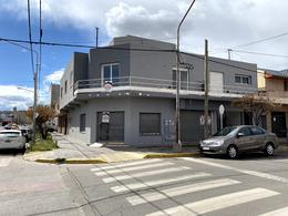 Foto Departamento en Alquiler en  Área Centro Oeste,  Capital  SARMIENTO al 900