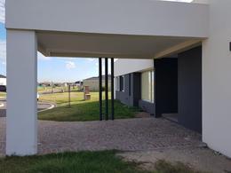Foto Casa en Venta en  Santa Ines,  Countries/B.Cerrado (E. Echeverría)  Propiedad a la venta en santa ines, canning
