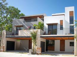 Foto Casa en condominio en Venta en  Playa del Carmen ,  Quintana Roo  CASA 4 REC. - PLAYA DEL CARMEN - ALDEA