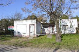Foto Casa en Venta en  Villa Iriarte,  General Belgrano  Escalada e/ Castelli y Almirante Brown