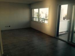 Foto Departamento en Venta en  Lomas De Zamora ,  G.B.A. Zona Sur  Sarmiento 141