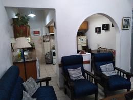 Foto Apartamento en Venta en  Tres Cruces ,  Montevideo  Ana de Monterroso al 2100