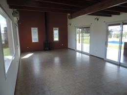 Foto Casa en Venta en  La Magdalena,  Esteban Echeverria  La Magdalena