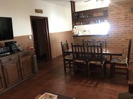 Foto Casa en Venta en  Lanús Este,  Lanús  Bolaños al 700