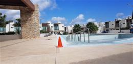 Foto Casa en Renta en  Cancún ,  Quintana Roo  ¡LINDA CASA EN RENTA  EN AV.  HUAYACAN!